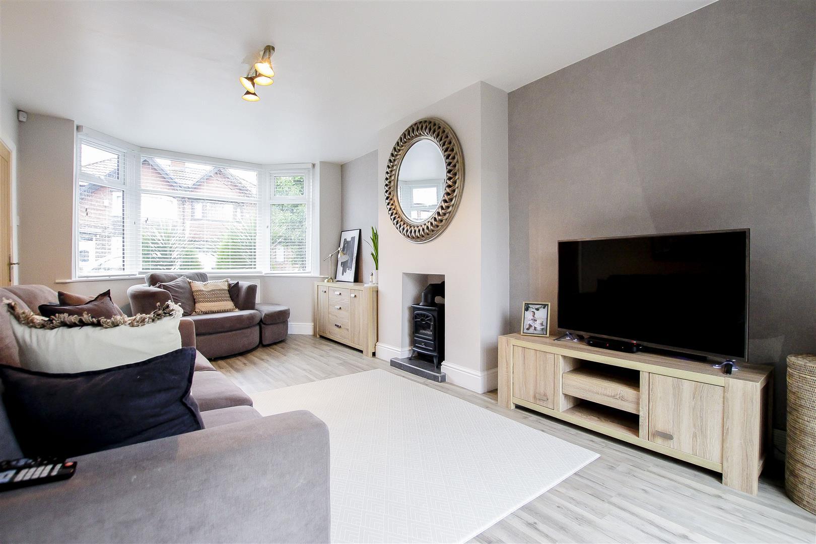 3 Bedroom Semi Detached House For Sale In Parkgate Drive Manchester M27 Keenans Estate Agents Ltd